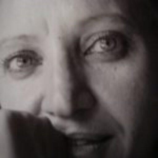 Sara Teresano